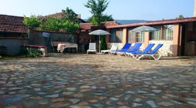 Къща за гости Вила Моника
