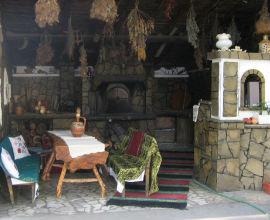 Семеен хотел Роял Тутракан
