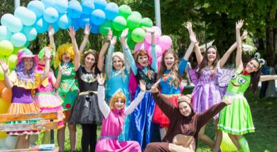 Детски партита Веселяците, Аниматори в Русе